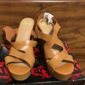 Fergie Lauren Wedges Platform Sandals
